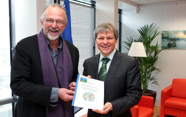 Visite des représentants du groupe de Bruges à la CE