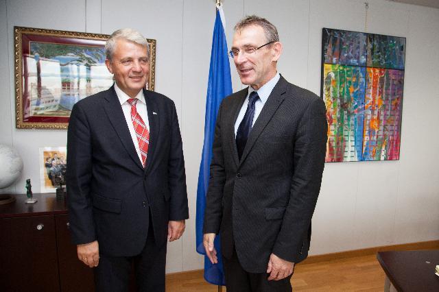 Visit of Dagfinn Høybråten, Chairman of the Board of the GAVI Alliance, to the EC