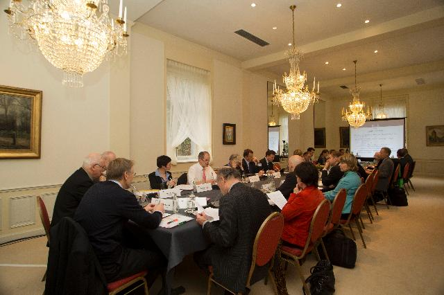 Participation of Janez Potočnik and Connie Hedegaard, Members of the EC, at the meeting of the European Resource Efficiency Platform
