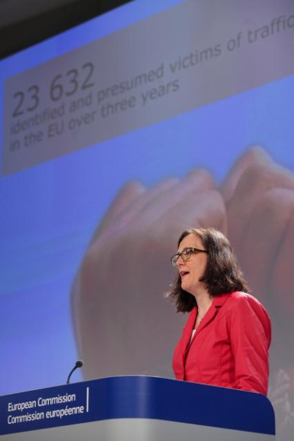 Press conference by Cecilia Malmström, Member of the EC, on the occasion of the entry into force of the EU Anti-Trafficking Directive