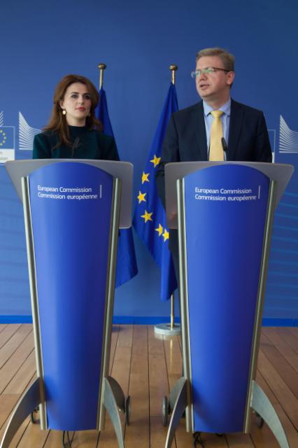 Visit of Vlora Çitaku and Mimoza Kusari-Lila, Kosovan Ministers, to the EC