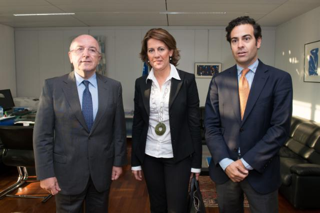 Visit of Yolanda Barcina Angulo, President of the Chartered Community of Navarra, to the EC
