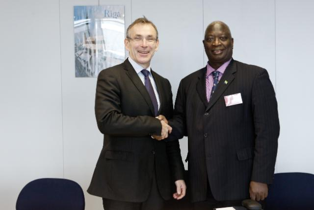 Visit of Foday B.L. Mansaray, Sierra Leonean Minister of State in the Ministry of Finance and Economic Development, to the EC