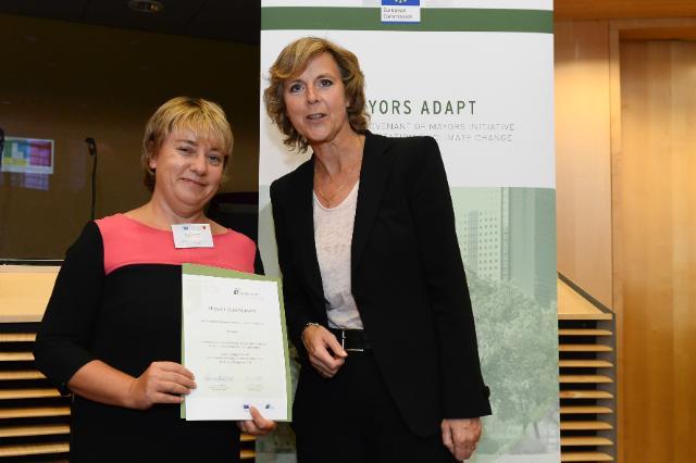 Cérémonie de signature de l'initiative 'Mayors Adapt' de la 'Convention des maires'