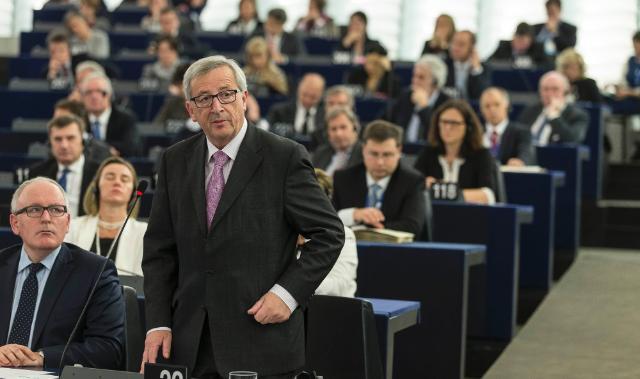 Participation de Jean-Claude Juncker et les membres du collège lors de la discussion sur la motion de censure à la session plénière du PE
