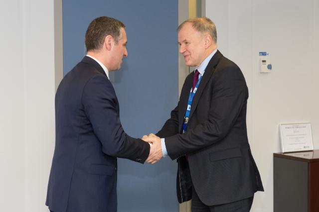 Visite de Nikola Todorov, ministre de la Santé de l'ancienne République yougoslave de Macédoine, à la CE