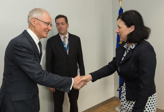 Visit of Jean Tarrade, President of the CNEU, to the EC