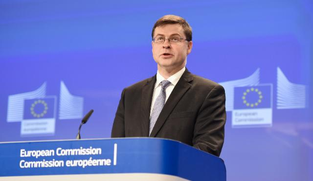 Press conference by Valdis Dombrovskis, Vice-President of the EC, on the aid given to Greece to regain financial stability