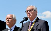 Conférence de presse conjointe de Jean-Claude Juncker, président de la CE, et Martin Schulz, président du PE, après la cérémonie de remise du Prix Charlemagne 2016