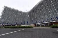 Drapeaux européens du Berlaymont en berne en hommage à Helmut Kohl, ancien Chancelier fédéral de la République fédérale d'Allemagne et Citoyen d'honneur de l'Europe (1930 – 2017)