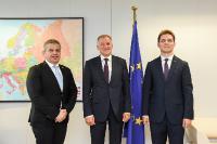 Visite de Florian Bodog, ministre roumain de la Santé, et Victor Negrescu, ministre roumain délégué pour les Affaires européennes, à la CE