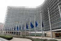 Flags of the Berlaymont at half-mast to join the national day of mourning called by maltese government for Daphne Caruana Galizia, journalist, founder and blogger of Running Commentary