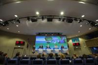Compte-rendu de la réunion du Collège par Maroš Šefčovič, vice-président de la CE, Miguel Arias Cañete, Violeta Bulc, et Elżbieta Bieńkowska, membres de la CE, au sujet des mesures sur la mobilité et le changement climatique