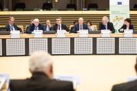 Participation de Tibor Navracsics, Christos Stylianides, et Phil Hogan, membres de la CE, au lancement du Centre de connaissances pour l'alimentation et la nutrition dans le monde