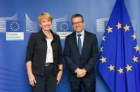 Visit of Martina Münch, Minister of Science, Research and Culture of the Land of Brandenburg, to the EC
