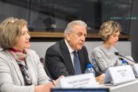 Participation de Dimitris Avramopoulos, membre de la CE, à la réunion du dialogue avec la société civile