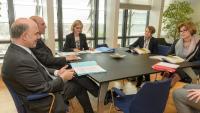 Visite de Eva Lindström, membre de la Cour des Comptes européenne, à la CE