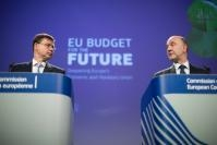 Press conference by Valdis Dombrovskis, Vice-President of the EC, and Pierre Moscovici, Member of the EC, on the Economic and Monetary Union programmes (including the Reform Support programme and European Investment Stabilisation Function)