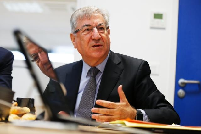 Visit by Karmenu Vella, Member of the EC, to France