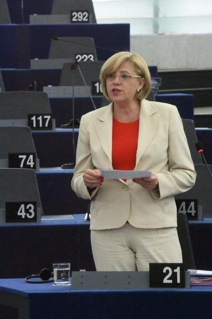 Participation of several Members of the College of the EC, at the Plenary session of the EP