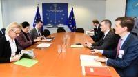 Visite de Rasmus Jarlov, ministre danois de l'Industrie, des Affaires commerciales et financières, à la CE