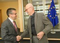 Visite de Pascal Lamy, ancien directeur général de l'Organisation mondiale du commerce (OMC), et président d'honneur de Notre Europe - Institut Jacques Delors, à la CE