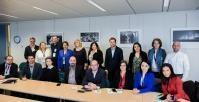 Visite des journalistes roumains à la CE