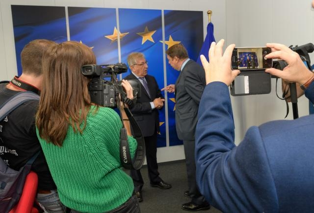 Visit of Luis Planas Puchades, Spanish Minister for Agriculture, Fisheries and Food, to the EC