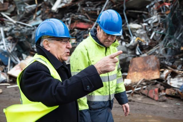 Visite de Karmenu Vella, membre de la CE, au chantier de recyclage de Galloo Gent en Belgique