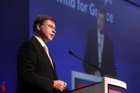 Visite de Valdis Dombrovskis, vice-président de la CE en Grèce