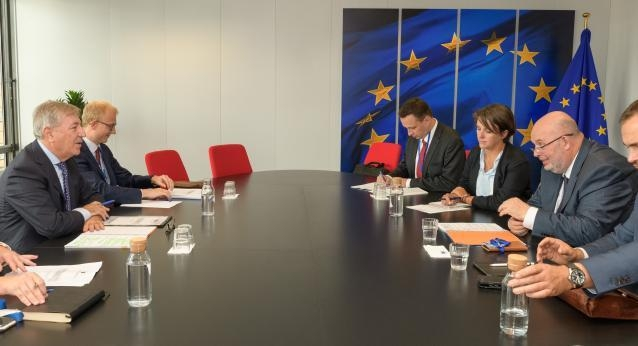Visit of Miroslav Toman, Czech Minister for Agriculture, to the EC