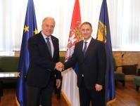 Visite de Dimitris Avramopoulos, membre de la CE, en Serbie
