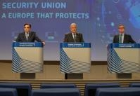 Press conference of Dimitris Avramopoulos and Julian King, Members of the EC