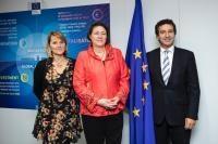 Visite de Rosa Estaràs, membre du PE, à la CE