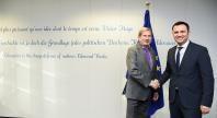 Visite de Bujar Osmani,  vice-Premier ministre chargé des Affaires européennes de l'ancienne République yougoslave de Macédoine, à la CE
