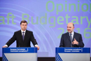 Valdis Dombrovskis, on the left, and Pierre Moscovici, on the right © European Union 2015