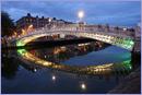 The Ha'penny bridge in Dublin © Thinkstock.com