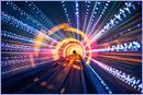 Light Tunnel Speed © IStockphoto.com