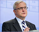 Olli Rehn at the press conference © European Union, 2012