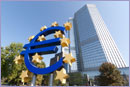 Euro symbol in frankfurt © iStockphoto