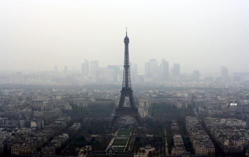 Investors to assess climate risk in France