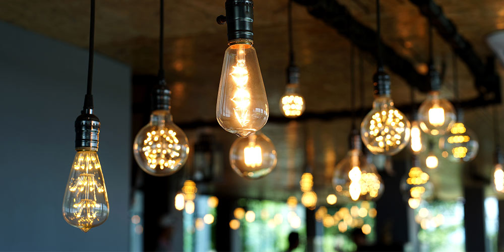 How to design great lighting in a hotel or a restaurant while reducing energy consumption