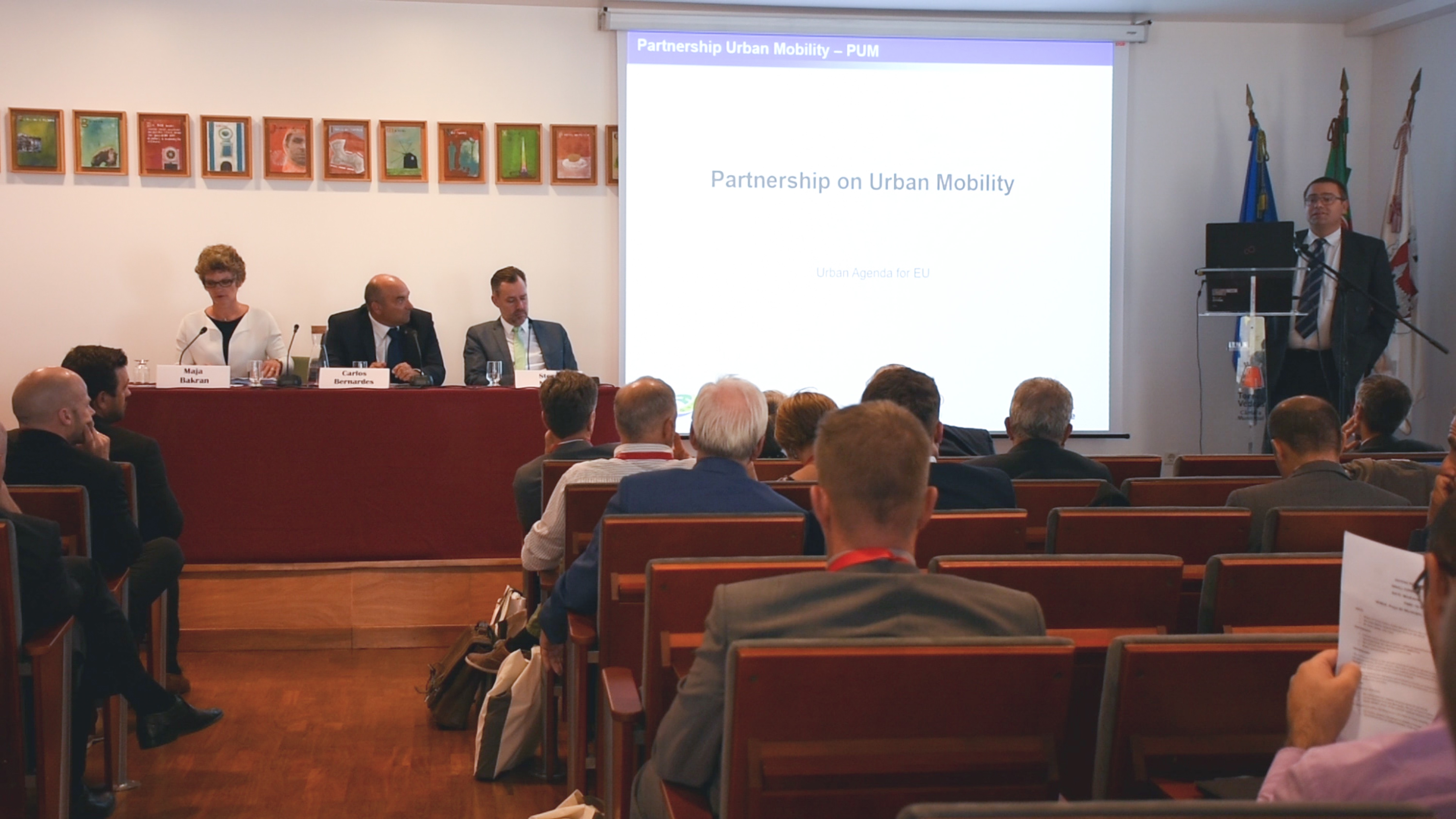 Raul Gomes, Transport and Traffic Management Division of Torres Vedras, presenting the Partnership on Urban Mobility