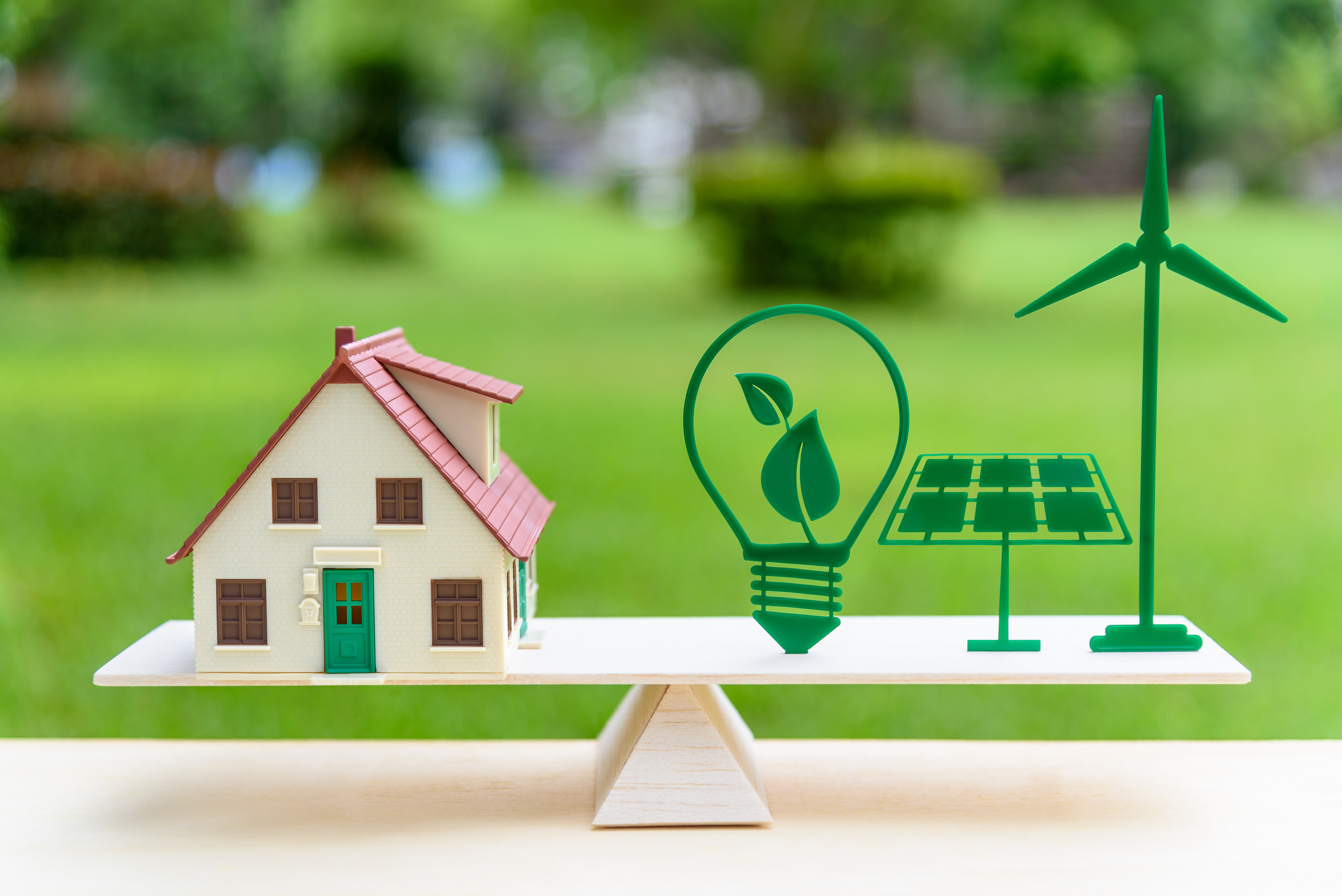 Juncker Plan supports energy solutions company in Spain and energy-efficient social housing in Germany