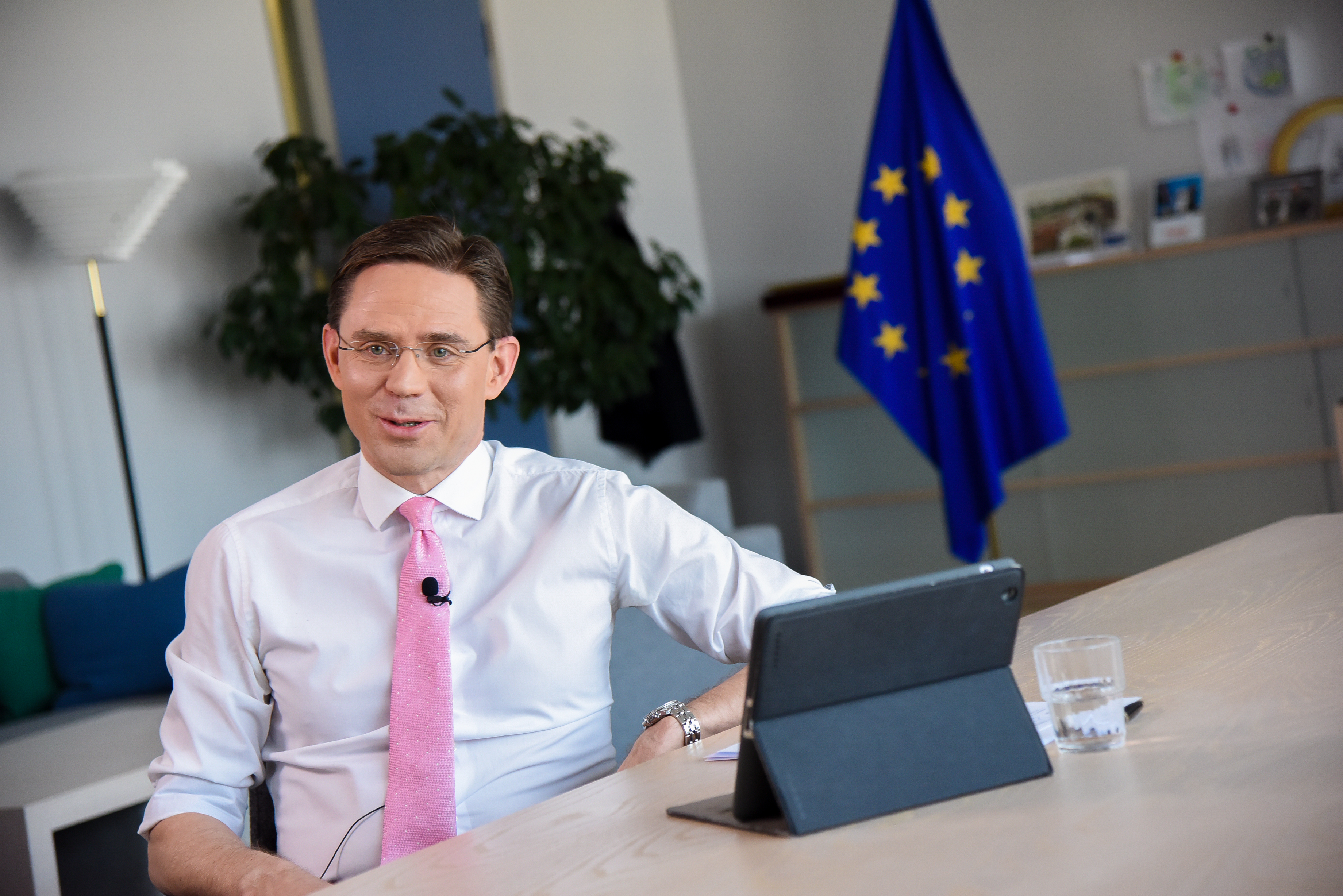 Citizens 39 dialogue in helsinki with vice president jyrki katainen an coimisi n eorpach - European commission office ...