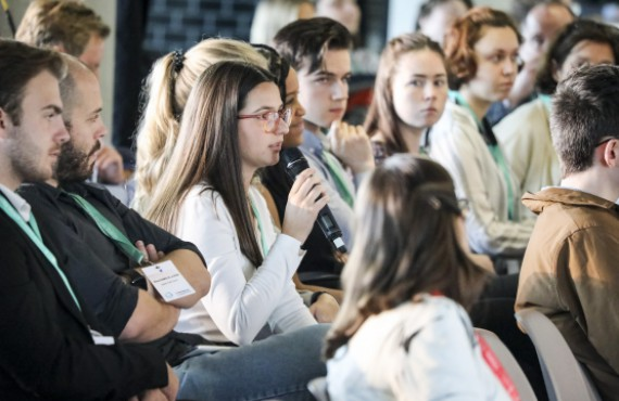 Citizen's Dialogue with Youth on Sustainable Consumption in Energy