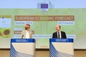 Press conference by Pierre Moscovici and Annika Breidthardt on the Summer 2019 Economic Forecast © European Union, 2019