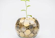 Plant growing © European Union, 2020
