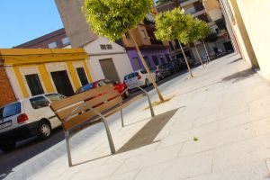 New street furniture brings Xenillet residents closer together ©Dr Andrés Campos Casado