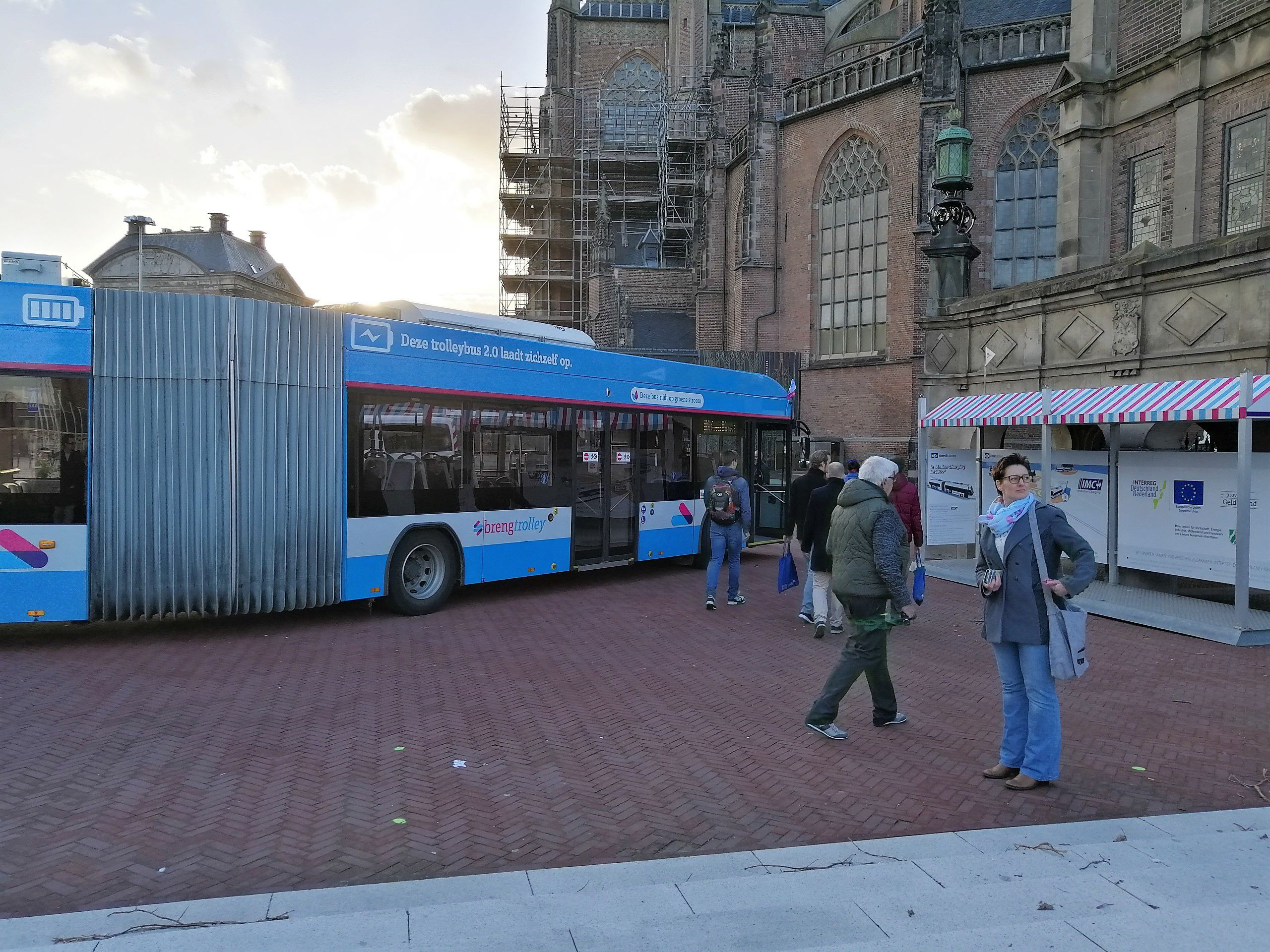 One of the trolleybuses that uses batteries that are charged in motion, being tested in the Netherlands' Gelderland region. ©E-Bus2020